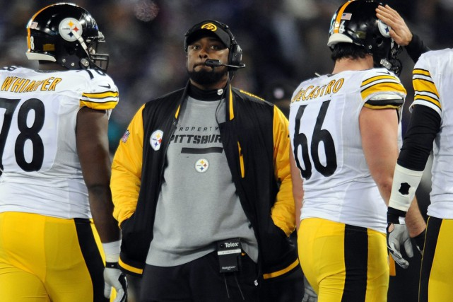 L'entraîneur-chef des Steelers de Pittsburgh, Mike Tomlin.... (Photo Gail Burton, AP)
