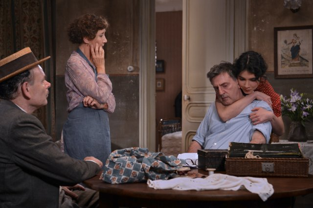 Tirés de l'oeuvre de Marcel Pagnol, Marius et Fanny sont des... (PHOTO FOURNIE PAR MÉTROPOLE FILMS)