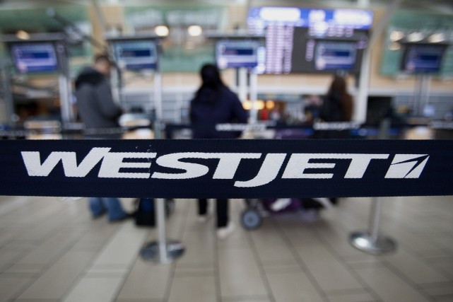 WestJet Airlines (T.WJA) a annoncé lundi son intention d'avoir... (PHOTO BEN NELMS, ARCHIVES BLOOMBERG)