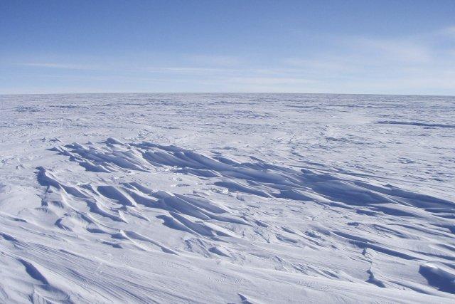 On n' en sait jamais trop...! 784102-plateau-antarctique-situee-plus-1000