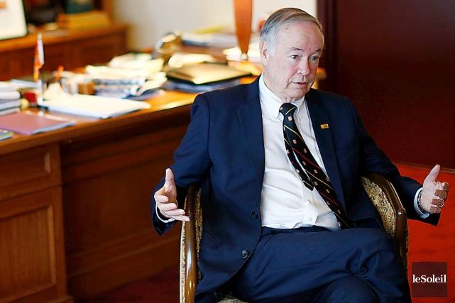 Selon le recteur Denis Brière, le sous-ministre adjoint... (Photothèque Le Soleil, Yan Doublet)