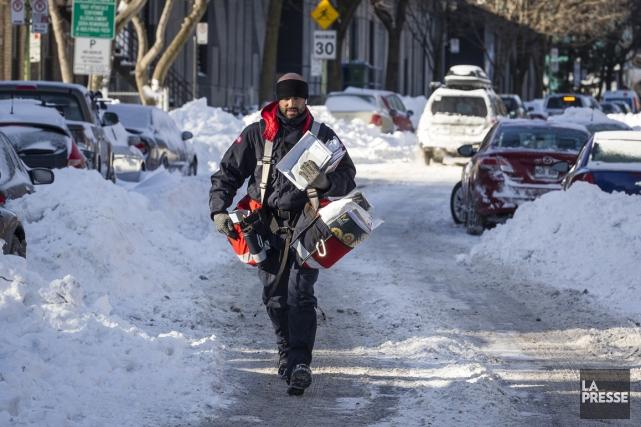 Pour espérer renouer avec la rentabilité, Postes Canada met de l'avant un plan... (Photo archives La Presse)