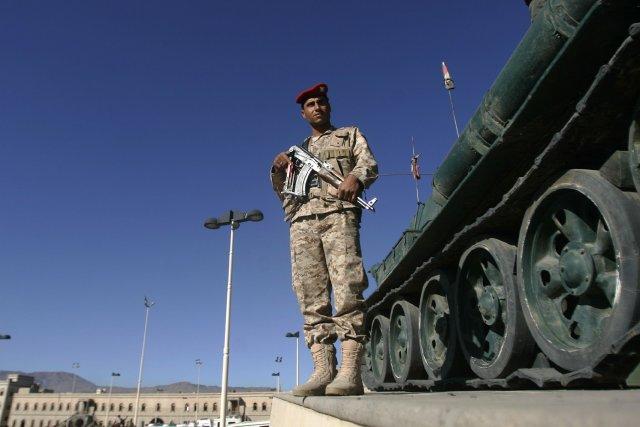 Au moins 60 personnes ont été tuées vendredi dans des affrontements entre des... (Photo Khaled Abdullah, Reuters)