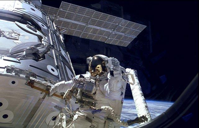 """Résultat de recherche d'images pour """"station spatiale internationale"""""""