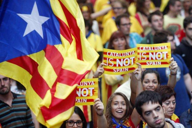 Les indépendantistes ont multiplié les démonstrations de force... (PHOTO ALBERT GEA, REUTERS)