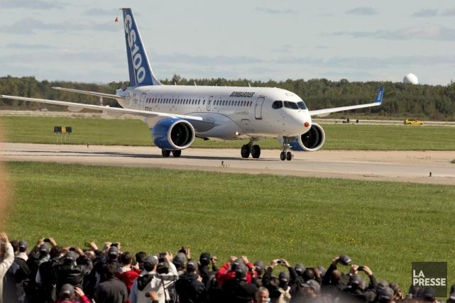 Le premier vol d'un appareil de laCSeriesle 16... (PHOTO ALAIN ROBERGE, ARCHIVES LA PRESSE)