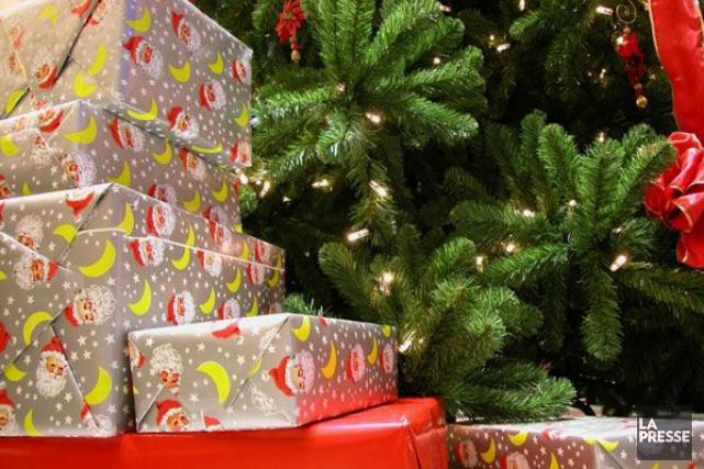 À moins de 10 jours de Noël, environ la moitié des cadeaux ne sont toujours pas... (PHOTO ARCHIVES LA PRESSE)