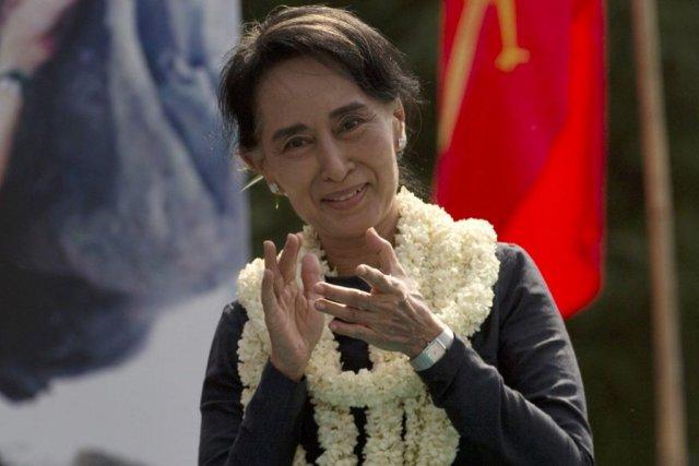 Aun San Suu Kyi a réitéré à de... (Photo Gemunu Amarasinghe, archives AP)