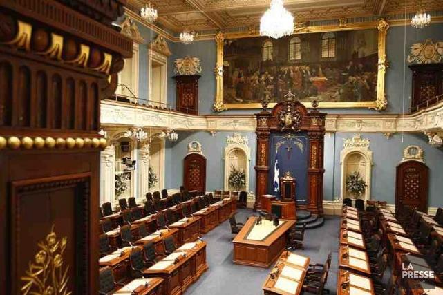 Certains projets de loi sont menacés par le déclenchement hâtif d'élections,... (Photo Archives La Presse)