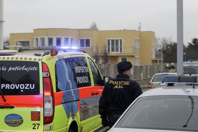 La porte-parole de la police, Andrea Zoulova, a... (PHOTO AGENCE FRANCE PRESSE)