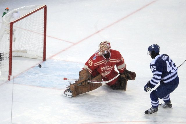Si les Maple Leafs de Toronto et les Red Wings de Detroit jouaient de cette... (Photo Tim Fuller, USA TODAY Sports)