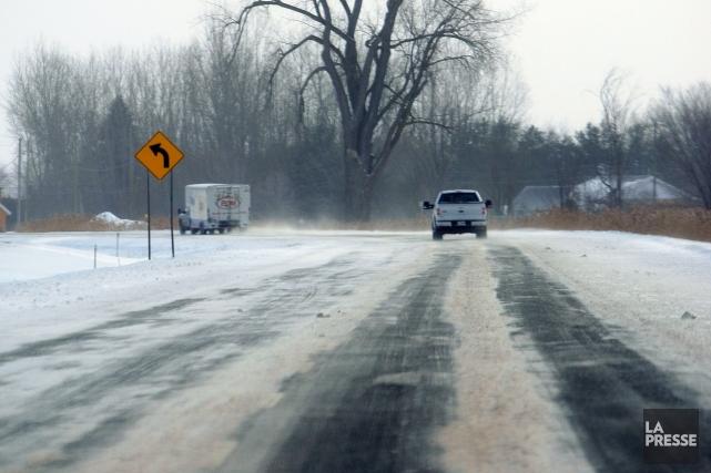 Des tronçons glacés sont aussi rapportés par Transports... (Photo Martin Chamberland, La Presse)