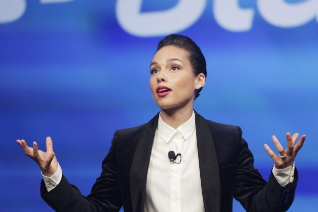 L'implication de la chanteuse au sein de BlackBerry... (Photo Mark Lennihan, AP)