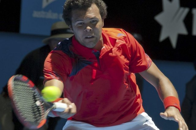 Jo-Wilfried Tsonga... (PHOTO TONY ASHBY, AFP)