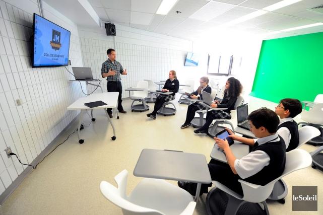 Le Collège Jésus-Marie propose notamment une salle technologique... (Le Soleil, Erick Labbé)