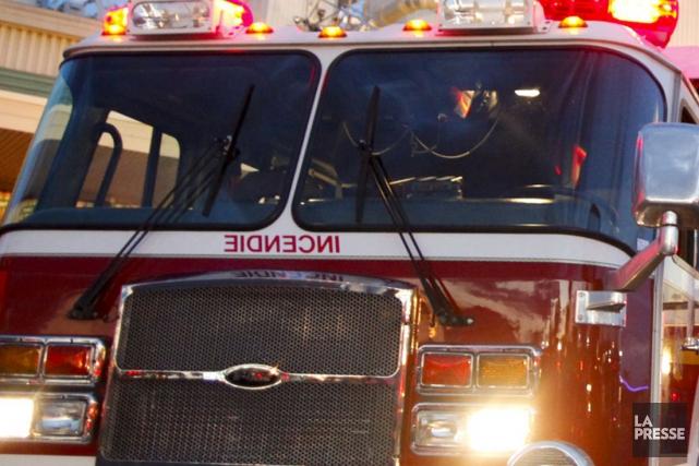 Un homme est mort et une femme est portée manquante à la suite d'un incendie... (Photo archives La Presse)