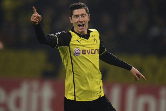 Robert Lewandowski... (PHOTO PATRIK STOLLARZ, AFP)