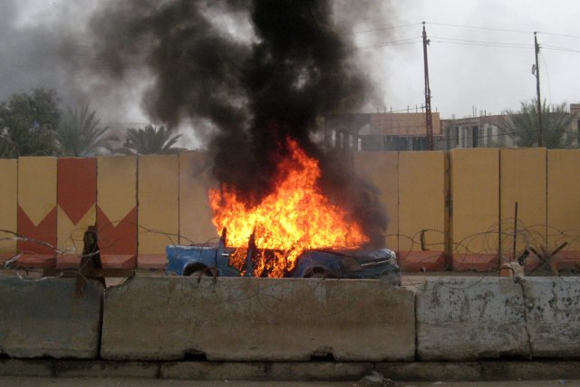 Le périmètre autour de la ville est contrôlé... (Photo AFP)