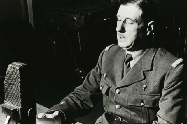 Charles de Gaulle en juin 1940.... (PHOTO ARCHIVES AP/ECPAD)