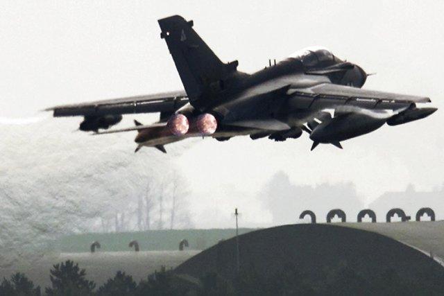 UnTornado GR4 de la Royal Air Force britannique.... (PHOTO ARCHIVES ASSOCIATED PRESS)