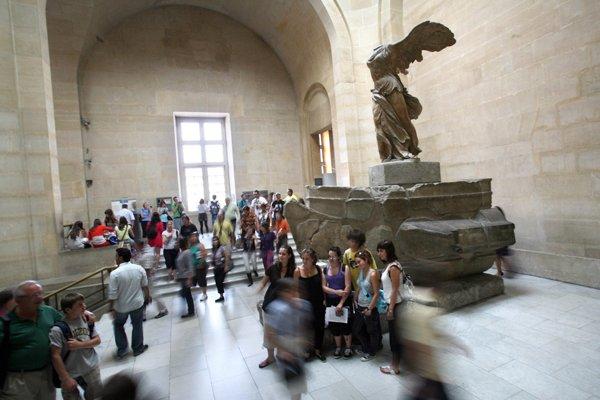 La victoire de Samothrace, au musée du Louvre,... (Photo Loïc Venance, archives AFP)