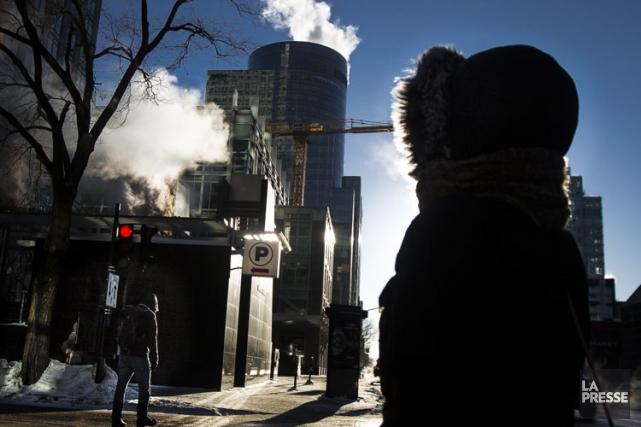 En raison des vents forts, les Montréalais devraient... (Photo: Olivier Pontbriand, La Presse)