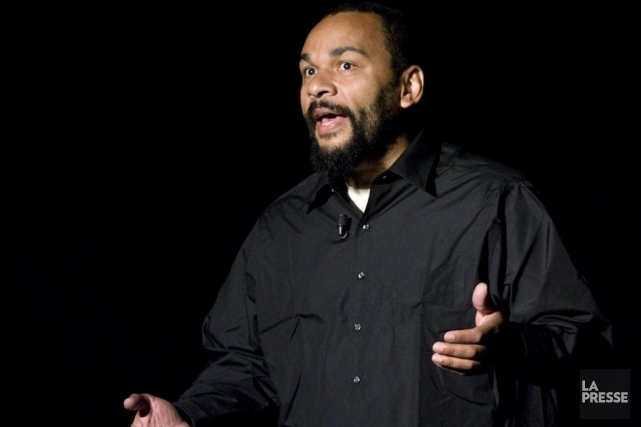 Dieudonné en spectacle à Montréal en 2008.... (Photo: David Boily, archives La Presse)