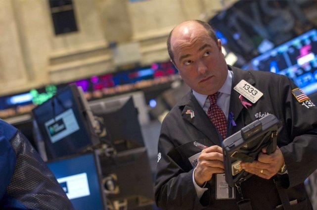 Les indices «tentent de rebondir après un début... (Photo Reuters)