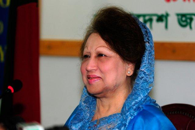 La chef de l'opposition au Bangladesh Khaleda Zia... (PHOTO MUNIR UZ ZAMAN, ARCHIVES AFP)