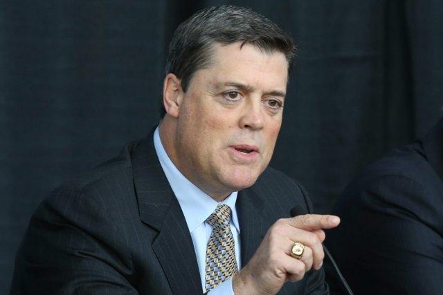 Le président des opération hockey des Sabres de... (Photo AP)