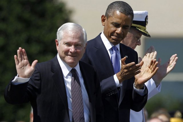 Robert Gates, lors de sa cérémonie de départ,... (Photo: Reuters)