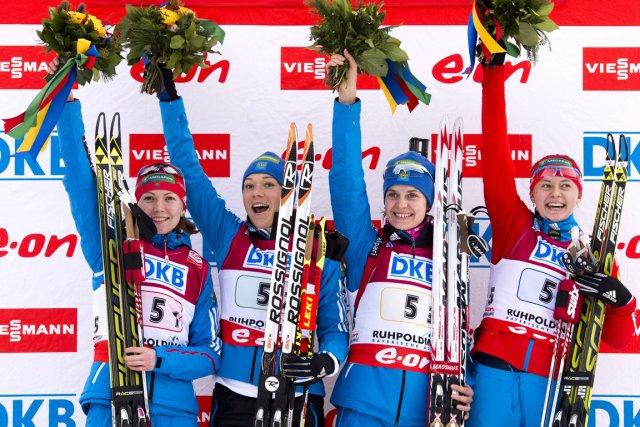 L'équipe féminine russe a remporté le relais 4... (Photo John MacDougall, AFP)