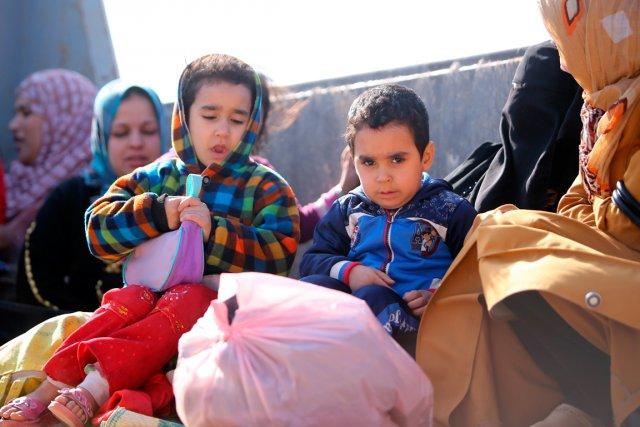 En raison des combats et des bombardements, plus... (PHOTO AHMAD AL-RUBAYE, AFP)