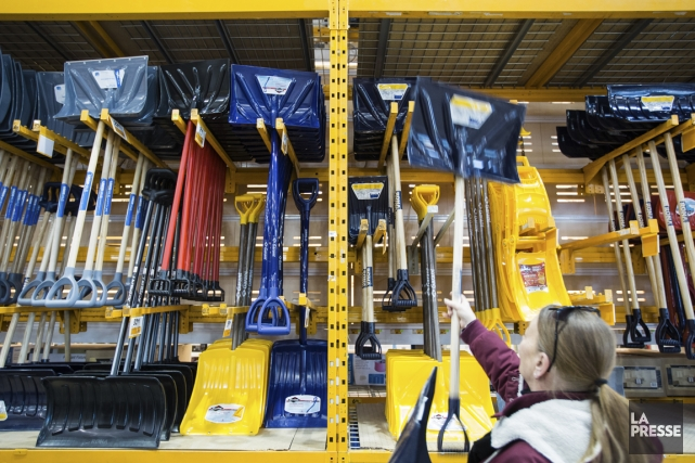 Garant, un fabricant depelleset d'outils de déglaçage de... (PHOTO EDOUARD PLANTE-FRÉCHETTE, LA PRESSE)