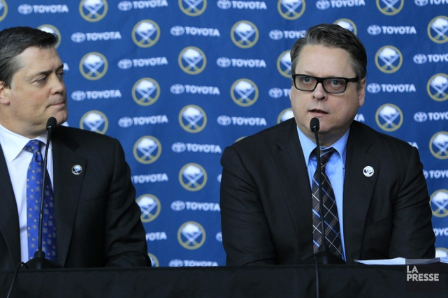 Le président des opérations hockey des Sabres de... (Photo AP)