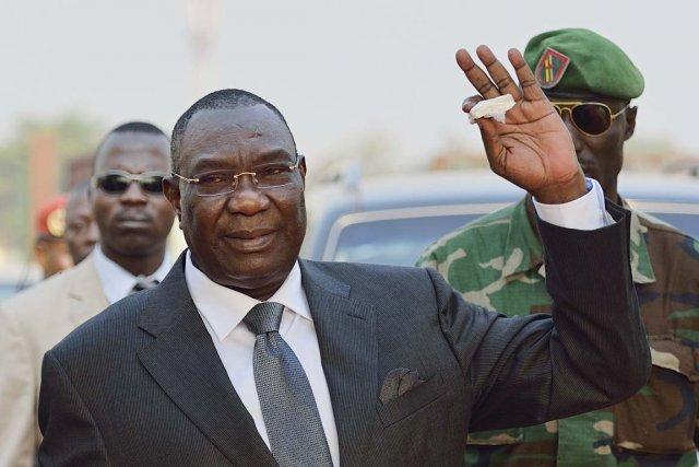 L'ex-rebelle devenu président Michel Djotodia, à l'aéroport de... (PHOTO ÉRIC FEFERBERG, ARCHIVES AFP)