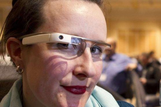 L'appareil, qui n'a qu'un seul verre, intègre une... (PHOTO STEVE MARCUS, REUTERS)