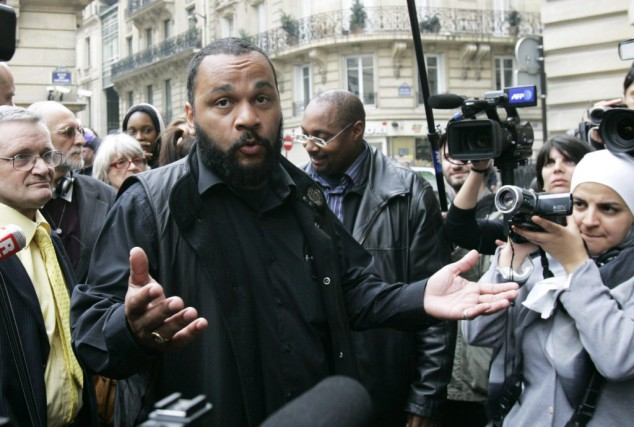 Dieudonné... (Photo Archives AP)