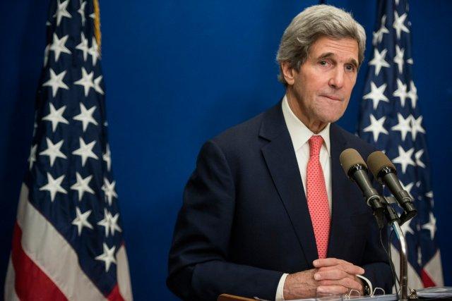 Le secrétaire d'État John Kerry doit participer dimanche... (Photo Brendan Smialowski, archives AP)