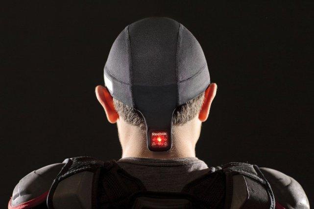 Le chapeau Checklight, de Reebok, sert à retenir... (Photo Reebok)