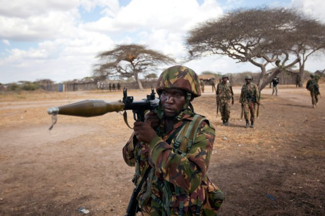 Des soldats de la force de l'Union africaine... (Photo Ben Curtis, archives AP)