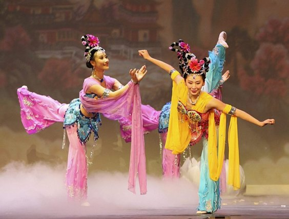 Le spectacle Shen Yun est associé au mouvement... (Photo archives Associated Press)