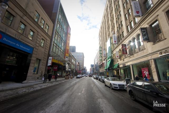 Au moins la moitié du stationnement sur rue disparaîtra du projet de réfection... (Photo André Pichette, archives La Presse)
