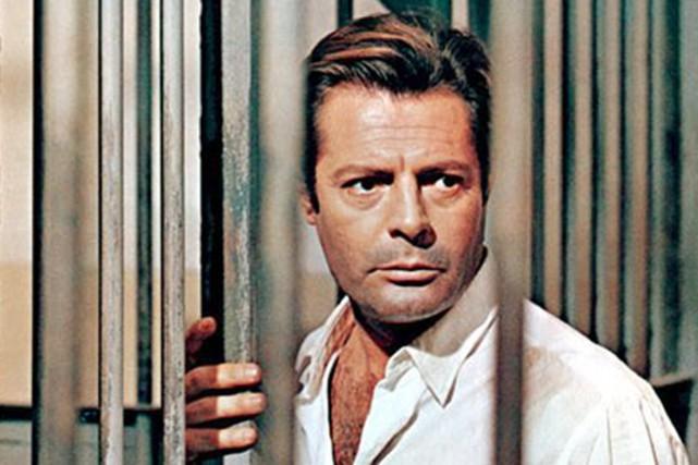 L'Étranger de Luchino Visconti est présenté à la... (Photo Google Images)