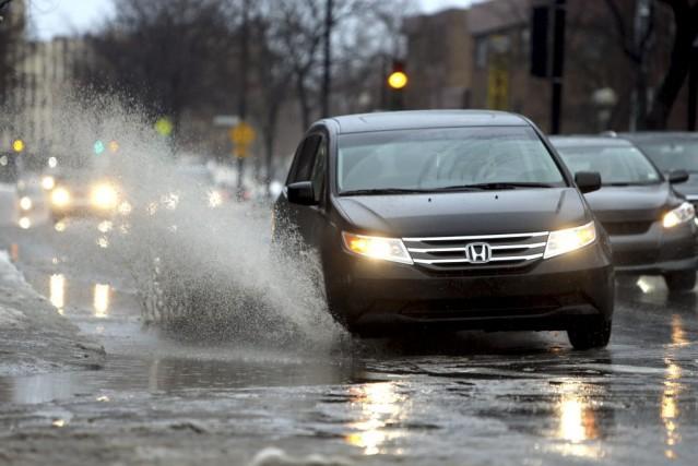 La pluie verglaçante tombée sur le Québec cette... (PHOTO MARTIN CHAMBERLAND, ARCHIVES LA PRESSE)