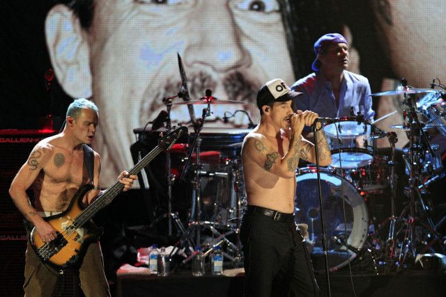 Le groupe rock américain Red Hot Chili Peppers.... (Photo Tony Dejak, archives AP)