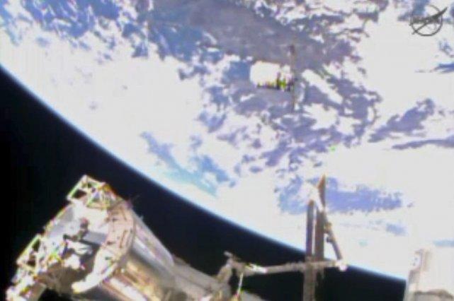 Cygnus approchant la Station spatiale internationale (ISS).... (PHOTO FOURNIE PAR LA NASA/AP)