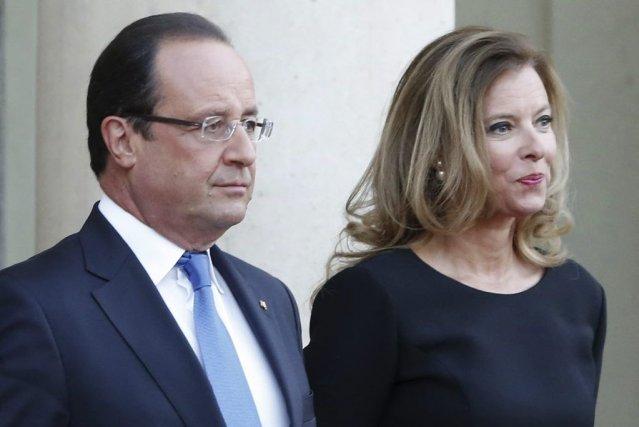 François Hollande etValérie Trierweiler... (PHOTO JACQUES BRINON, ARCHIVES AP)