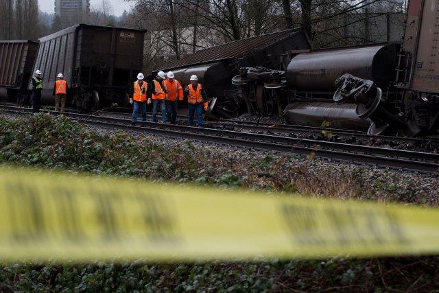 Sept wagons ont quitté les rails, dont trois... (Photo DARRYL DYCK, PC)