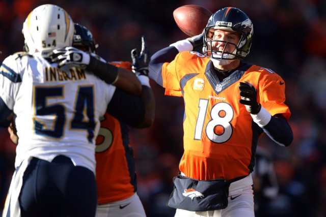 Peyton Manning a pu triompher malgré quelques bourdes... (Photo Kirby Lee, USA Today)
